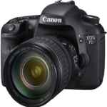 Canon EOS 7D + EF-S 15-85mm / 18 Mpix / CMOS APS-C / 3 LCD / výprodej (3814B032AA)