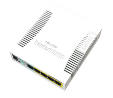 MikroTik RB260GSP / RouterBOARD / 5-port Gigabit smart switch / SFP cage / SwOS / plastic case / PSU / POE-OUT