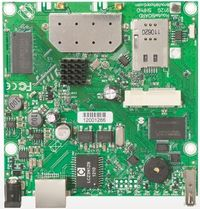 MikroTik RB912UAG-2HPnD / RouterBOARD / 802.11b/g/n / RouterOS L4 / miniPCIe