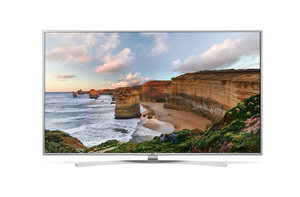 "65"" LG 65UH7707 / Smart TV / LED / 4K UHD / 200Hz / DVB-T2-C-S2 / webOS 3.0 / stříbrná"