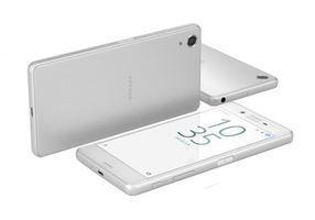 "Sony Xperia X Performance (F8131) IP68 / CZ / 5"" / Quad 2.2 GHz / 3 GB RAM / 32GB / 23 MP / Android 6.0 / bílá"