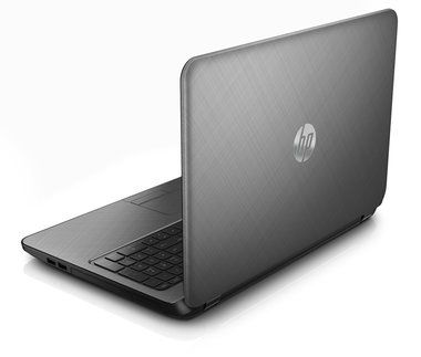 "Notebook HP Pavilion 15-p252nc / 15.6"" / Intel Core i3-5010U 2.1GHz / 8GB / 500GB+8GB / nVidia GeForce 830M 2GB / W8.1 / stříbrná"