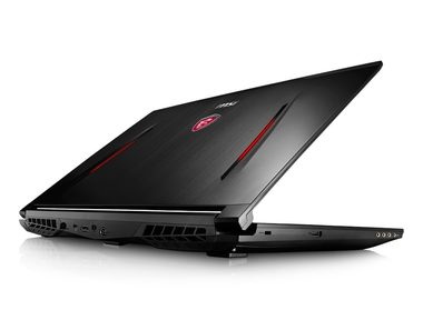MSI GT72VR 6RE-400CZ Dominator Pro Tobii / 17.3 FHD 120Hz / i7-6700HQ 2.6GHz / 16GB D4 / GTX1070 8G / 256+1TB / BD / W10
