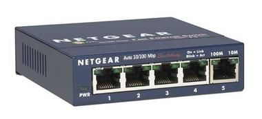 NETGEAR 5x 10/100 Mbps Fast Ethernet Switch