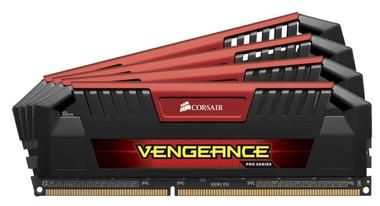 Corsair VENGEANCE PRO RED 32GB / 4x8GB / DDR3L / 1866MHz / PC3-15000 / CL10-11-11-30 / XMP1.3 / 1.35V / s chladičem